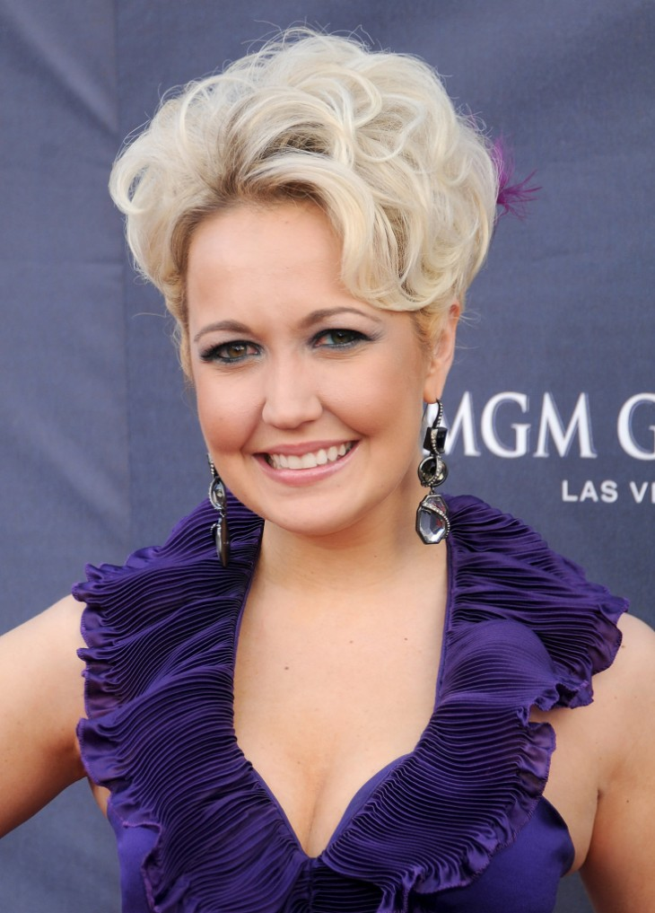 Meghan Linsey Steel Magnolia - CountryMusicRocks.net