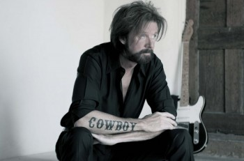 ronnie_dunn_-_photo_credit_-_danny_clinch-CountryMusicRocks.net