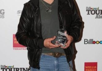 Jason Aldean Billboard Touring Award - Photo Credit Billboard_Michael Seto - CountryMusicRocks.net