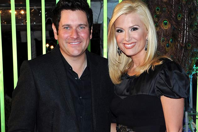Rascal Flatts Jay DeMarcus & Wife Allison - CountryMusicRocks.net