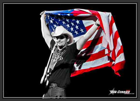 Brad Paisley Flag Photo Credit Jon Currier - CountryMusicRocks.net