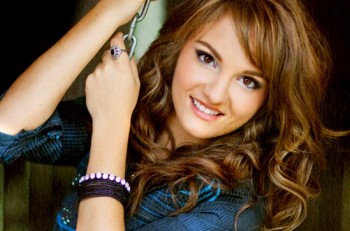 Rachele Lynae - CountryMusicRocks.net