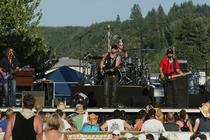 Brantley Gilbert OR Jamboree - CountryMusicRocks.net
