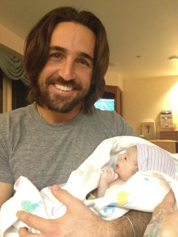 Jake Owen Daughter Born - CountryMusicRocks.net