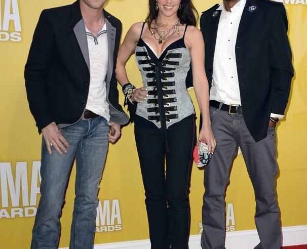 The FARM CMA Awards - CountryMusicRocks.net