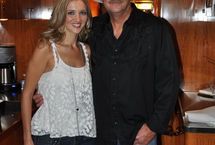 Sarah Darling with Alan Jackson - CountryMusicRocks.net