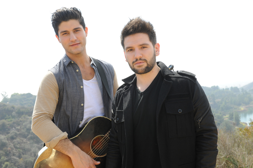 Dan-+-Shay-CountryMusicRocks.net