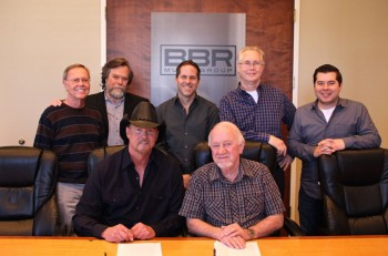 Trace-Adkins-Signs-with-BBR---CountryMusicRocks.net