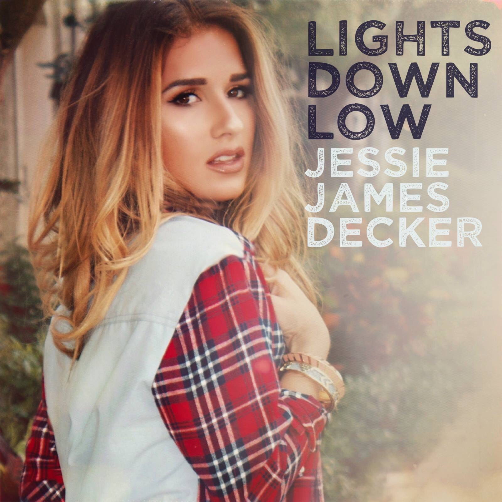 CountryMusicRocks Chats with Jessie James Decker | Country ...