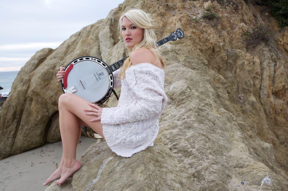 Ashley Campbell - CountryMusicRocks.net