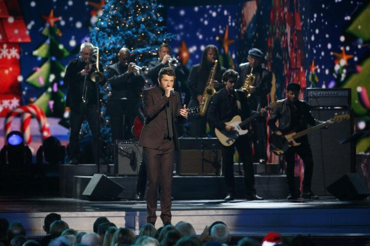 Brett Eldredge To Release Christmas Album   Country Music Rocks