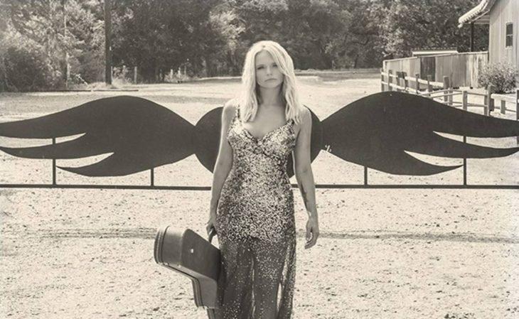 Miranda lambert tops billboard country albums country for Miranda lambert the weight of these wings songs