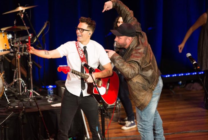 Bobby Bones Garth Brooks Million Dollar Show